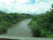 Небольшая река в Катманду
